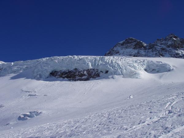 Abfahrt Gletscherabbruch ©byJet