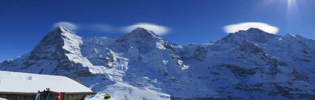 Ufos über Eiger Mönch und Jungfrau: click for larger Pic