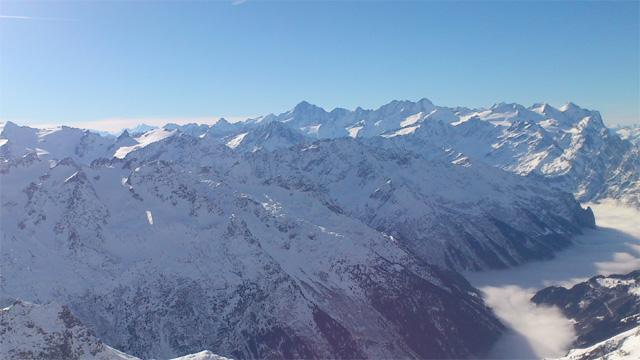 Berner Alpen vom Titlis aus