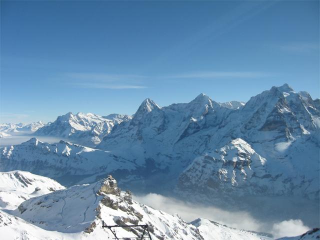 Blick vom Piz Gloria Richtung Eiger Mönch und Jungfrau