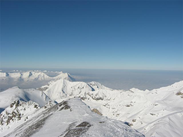 Blick vom Piz Gloria Richtung Schiltgrat Unterland